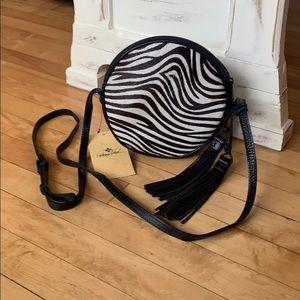 NWT Patricia Nash Zebra Round Crossbidy